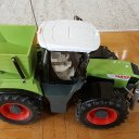 RC Traktor Xerion Claas von Dickie